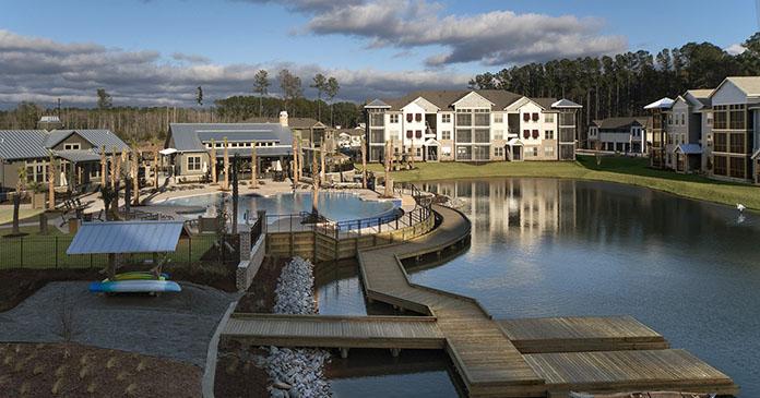 One Hampton Lake