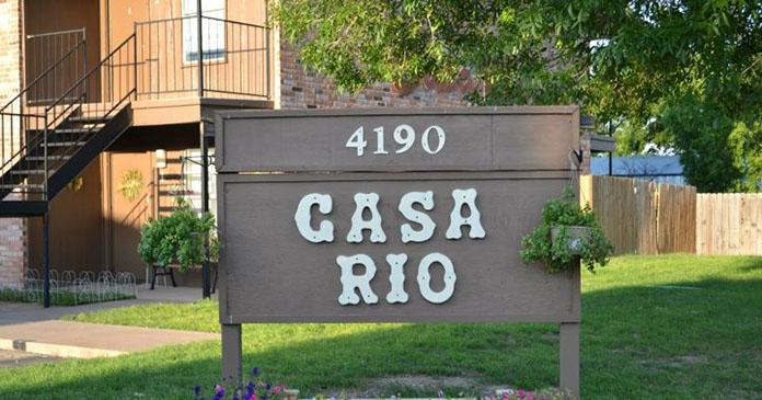 Casa Rio Apartments